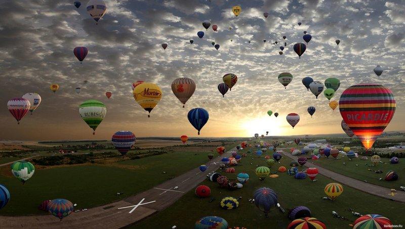 Картинка воздушные шары  в небе на рабочий стол, обои для рабочего стола