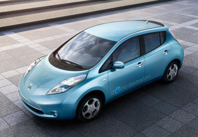 Nissan Leaf — автомобиль года