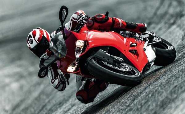 Обзор Ducati Superbike 899 Panigale