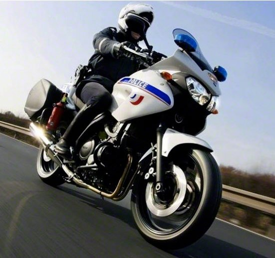 Полицейский мотоцикл Yamaha TDM900 | Мото инфо - сайт о мотоциклах