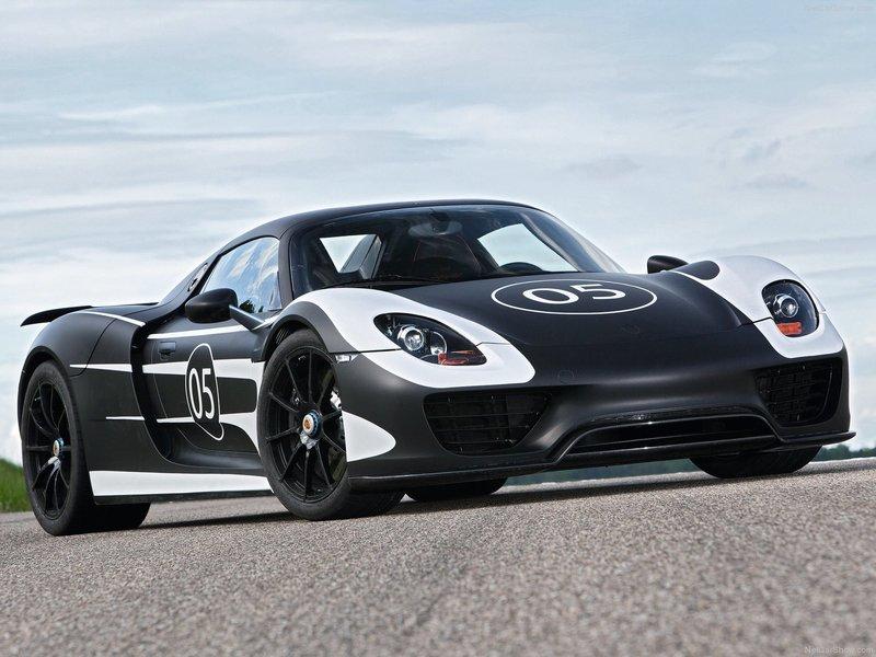 Porsche 918 Spyder  - описание, характеристики, фото, цены