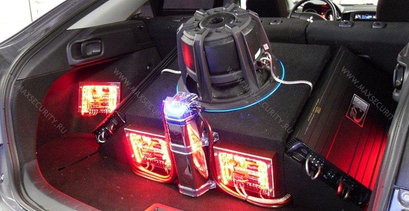 Профессиональная установка автозвука - на автомобиль  Mitsubishi Lancer