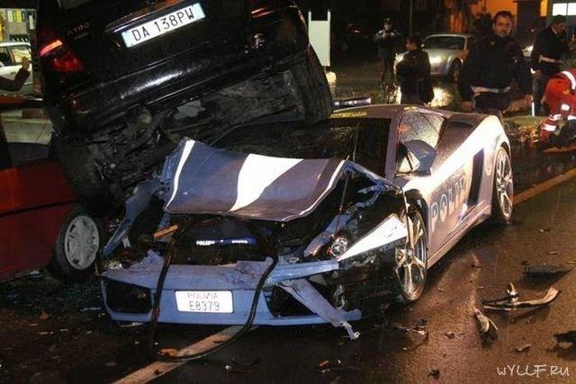 В Италии разбили Lamborghini Gallardo LP560-4 Polizia (5 фото)