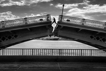 питер фото мостов черно белые