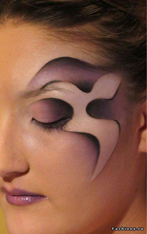 Фантазийный макияж в карандашной технике / карандашная техника в макияже фото
