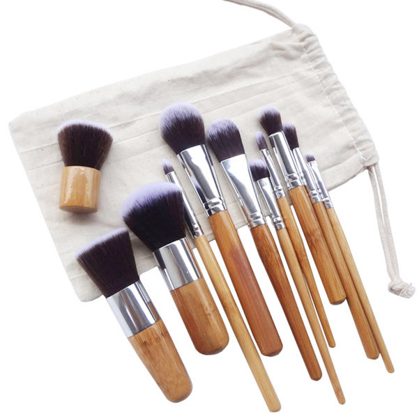 Купить синтетический набор кистей BAMBOO (качество) - Цена 1090 руб. Крутые кисти для макияжа цена...
