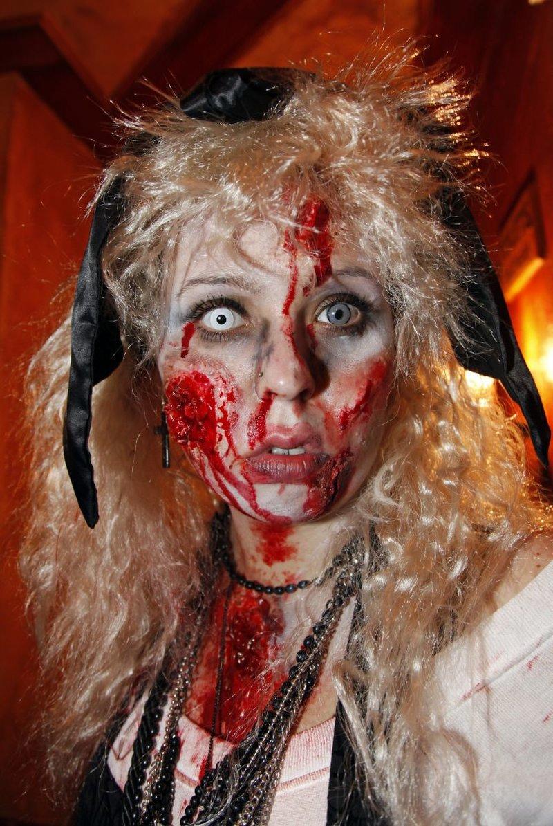 Макияж на Хэллоуин: 5 самых страшных образов (фото)