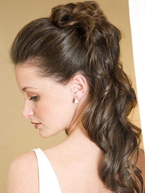 прическа для длинных волос с украшениями фото