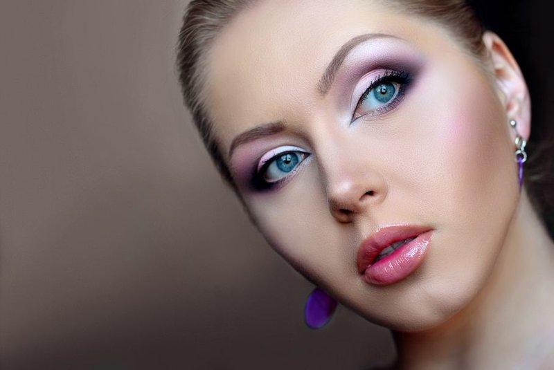 Вечерний макияж в карандашной технике
