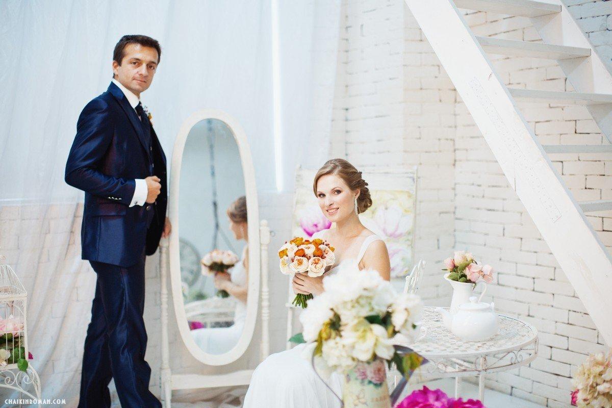 можно готовая фотосессия свадебная в студии что