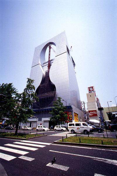 Osaka Tower Building, здание построено в 2007 году Архитектор: Shin Takamatsu