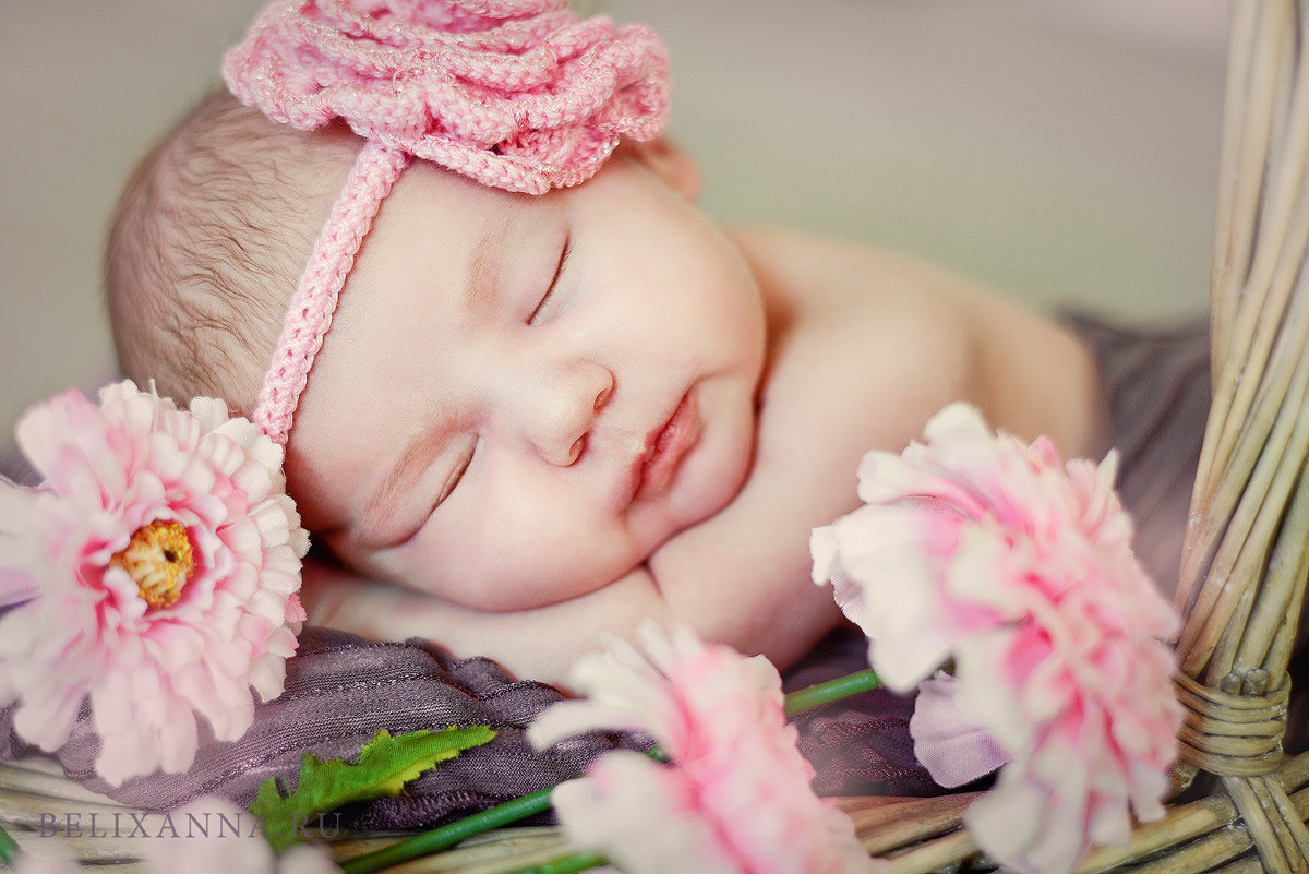 Днем, картинка младенцев девочек