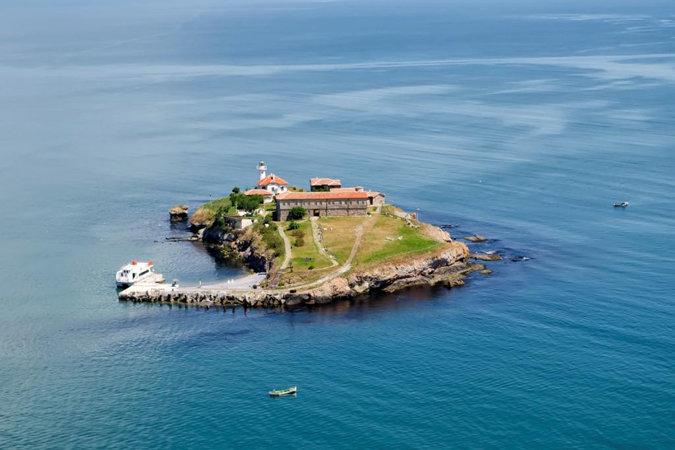 Остров Святой Анастасии в Бургасском заливе