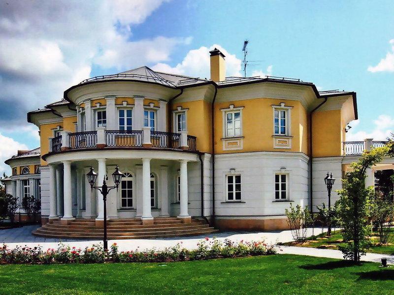 Во всех европейских государствах можно найти примеры классицизма в архитектуре и скульптуре.