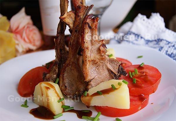 Простой рецепт вкусной и сочной баранины жареной на сковороде.