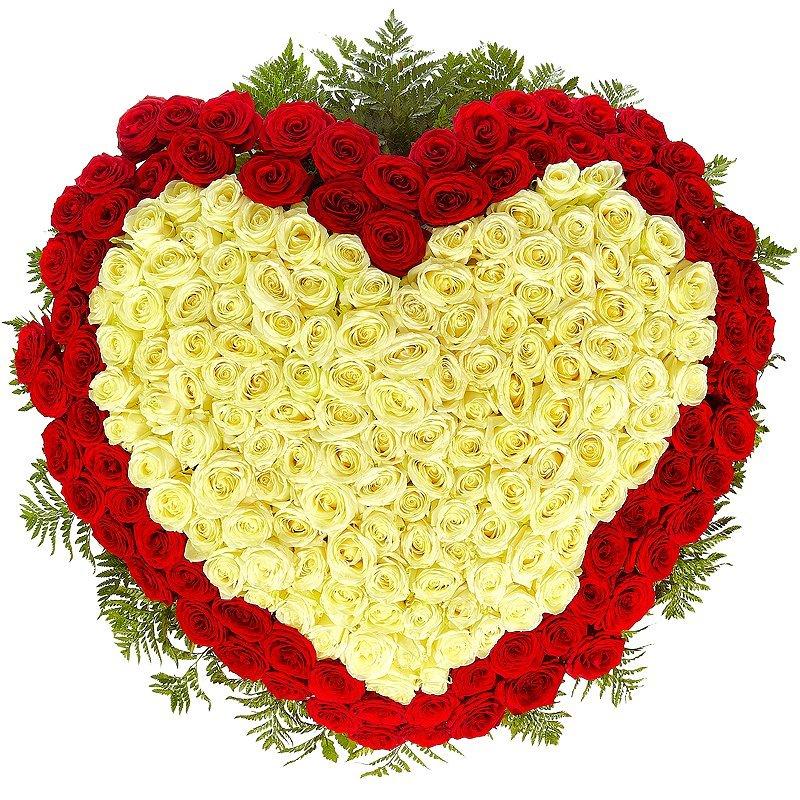 Букет платью, букет из роз в виде сердца