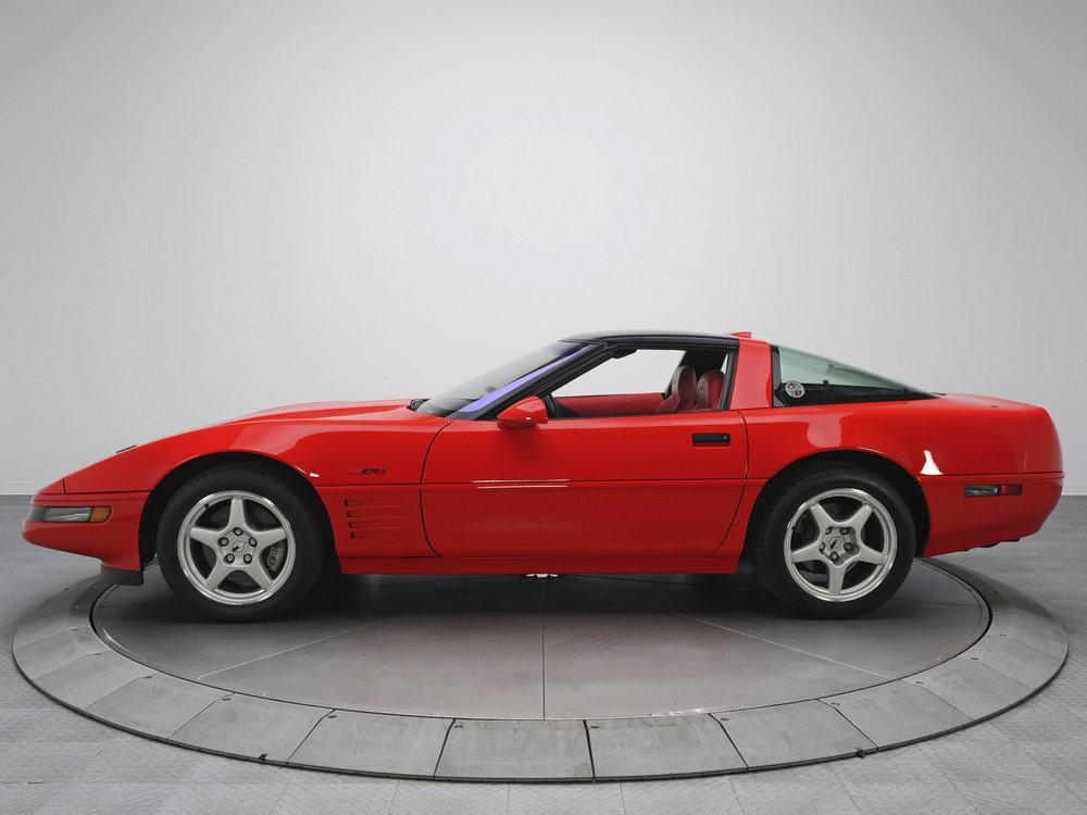 ZR1 Тарга Chevrolet  Corvette 1991 года.