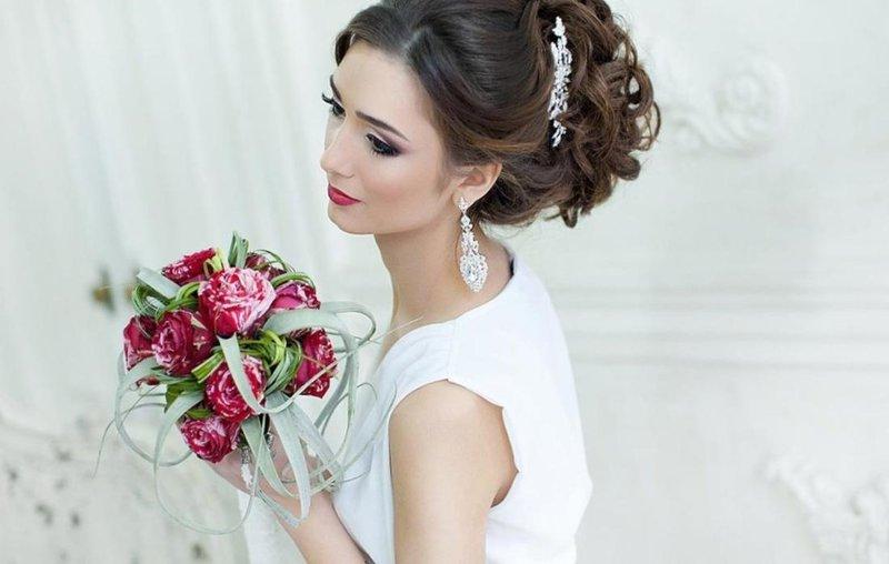 Прическа невесты волосы собраны фото