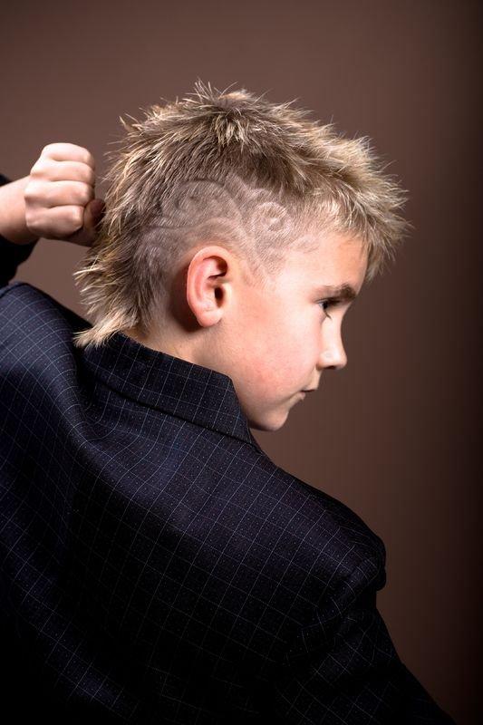 Модные стрижки для мальчиков