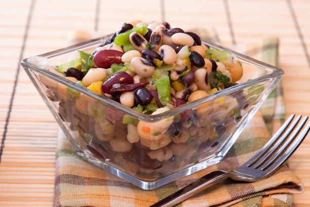 салат простой и вкусный рецепт с фасолью