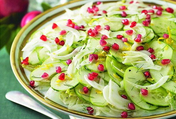 Салат с фенхелем и зернами граната