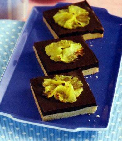 Шоколадные пирожные панна-кота