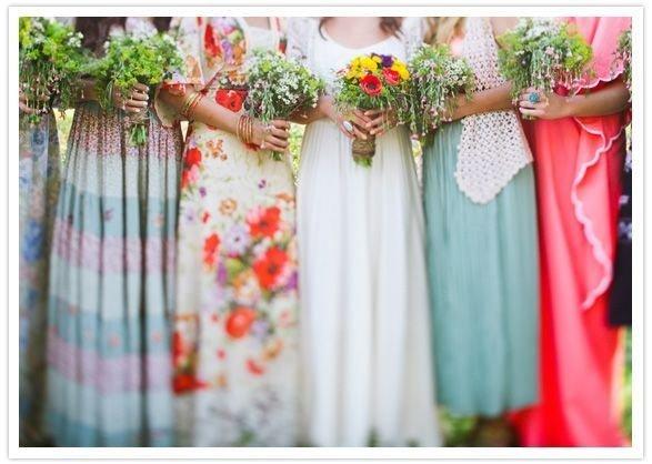 Яркие образы для подружек невесты: варианты оригинальных платьев