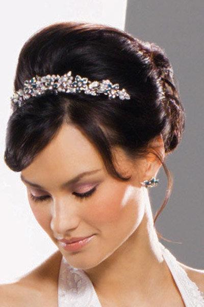Красивая Свадебная прическа с диадемой