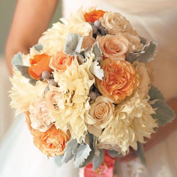Выбираем цветы на свадьбу: 10 полезных советов