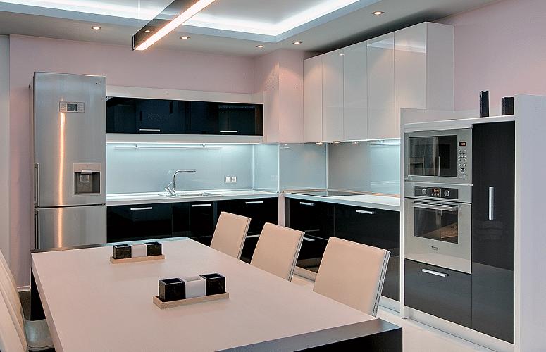 фото кухни с вентиляционным коробом