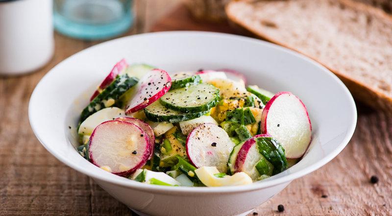 салат из редиса с яйцом фото