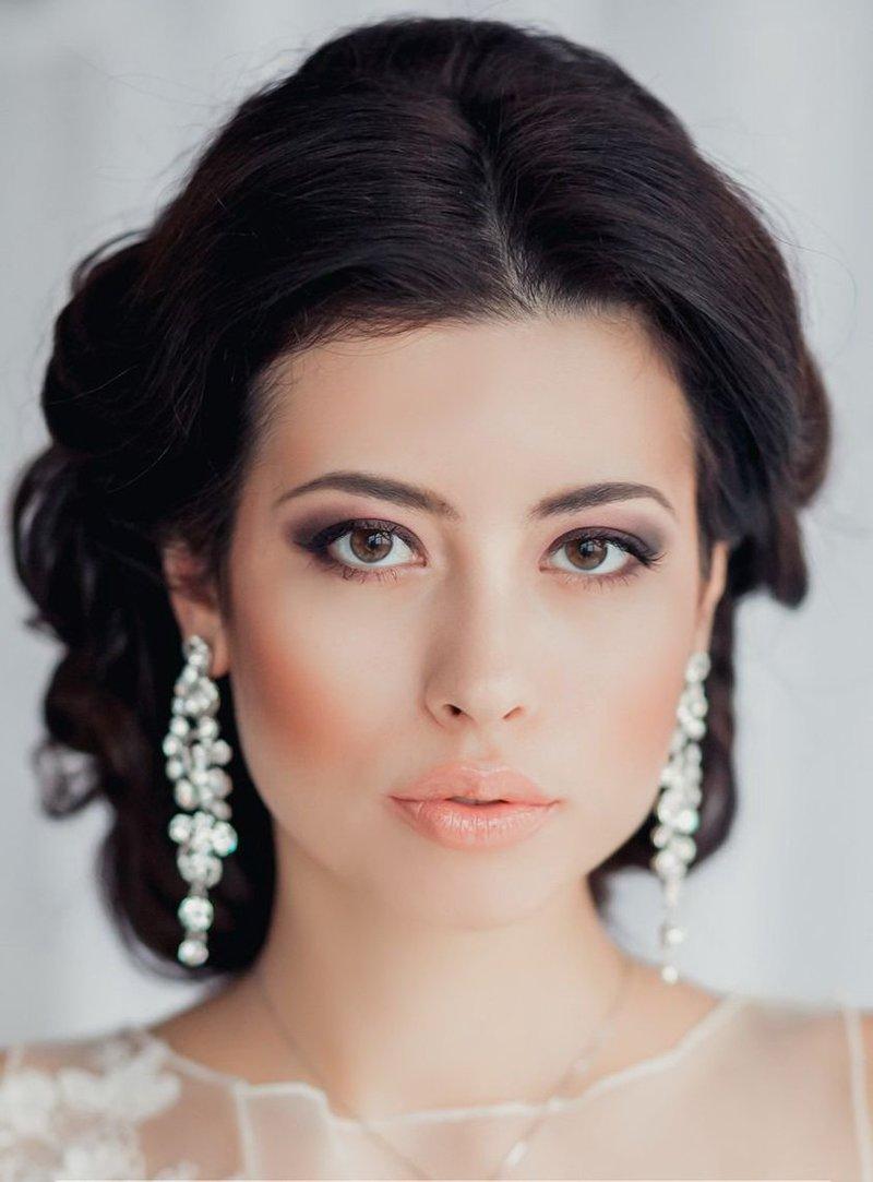 Свадебный макияж – это синтез вечернего и дневного мейк-апа.