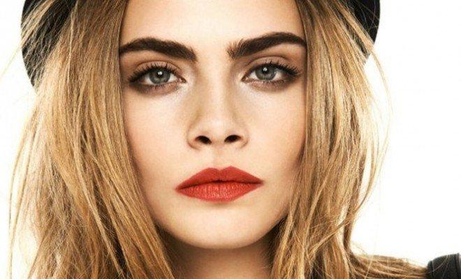 Макияж бровей является неотъемлемой частью повседневного макияжа.