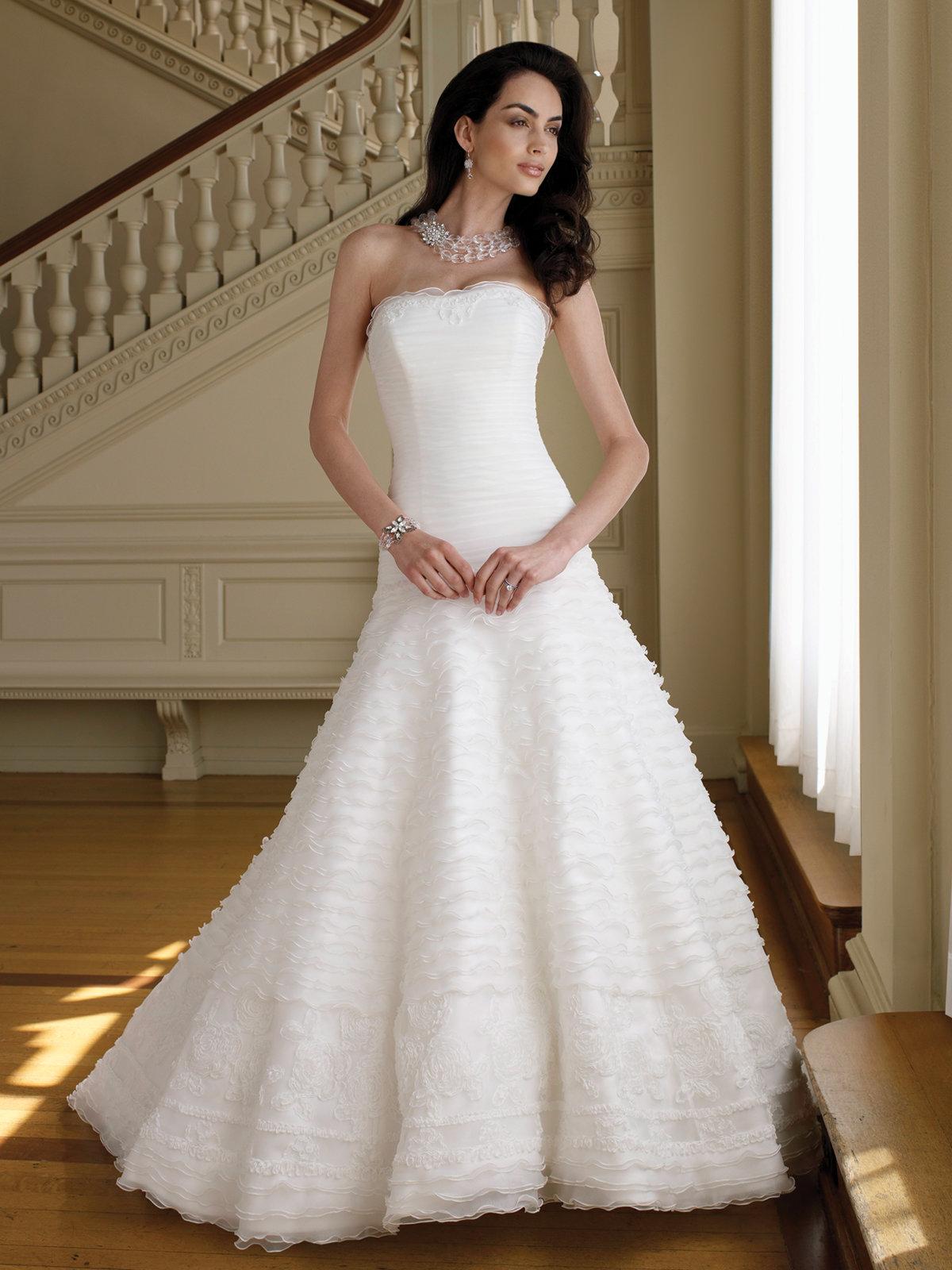 Картинки свадебных не пышных платьев