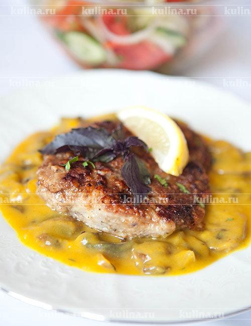 Шницель из баранины с апельсиново-грибным соусом - рецепт с фото