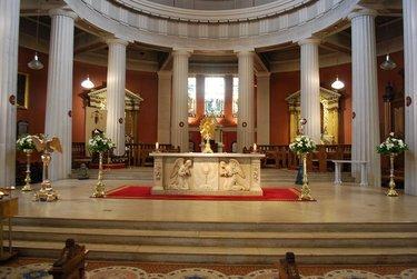 алтарь католической церкви