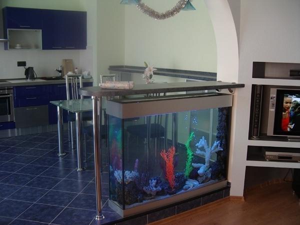говорила фото аквариум барная стойка для