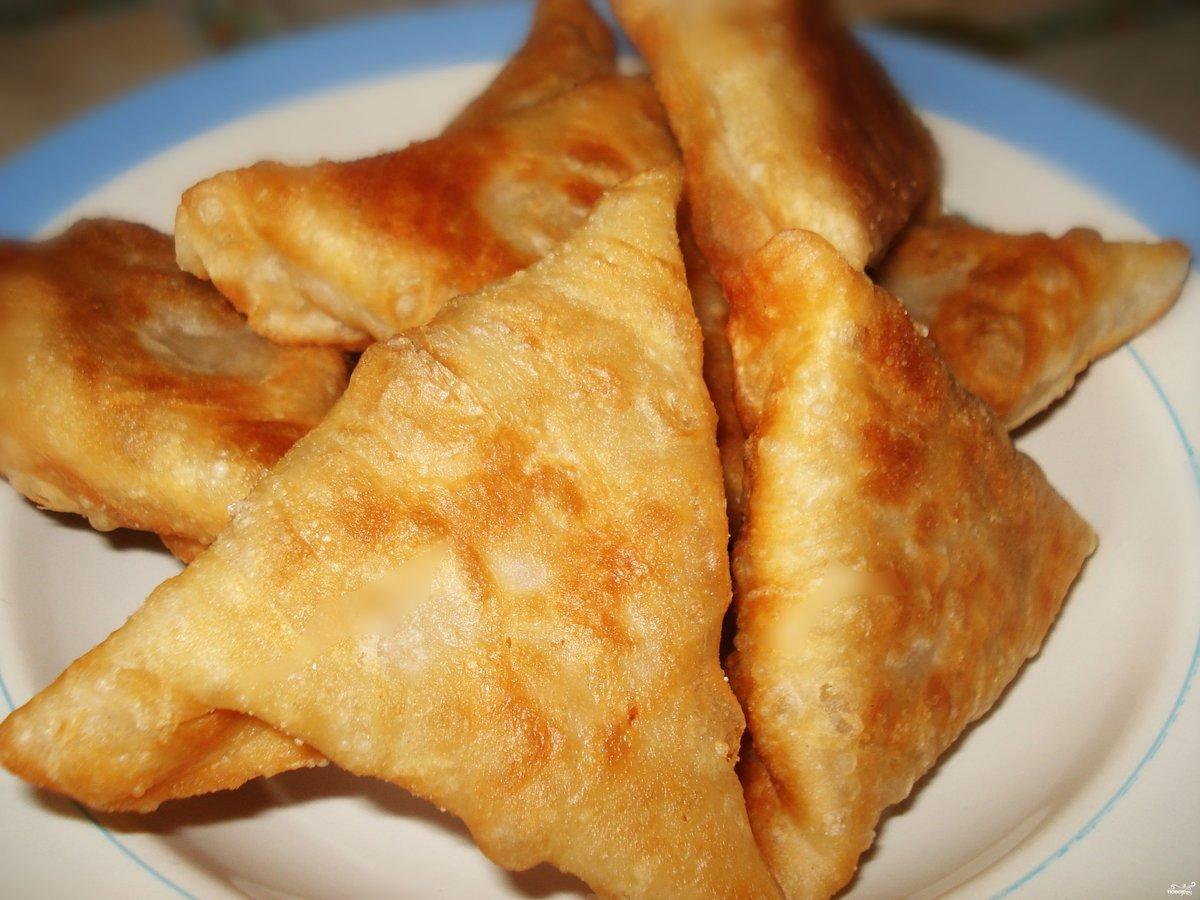Самса — общие принципы приготовления обыкновенная самса: добавить к нему соль и перец по вкусу и хорошо перемешать.