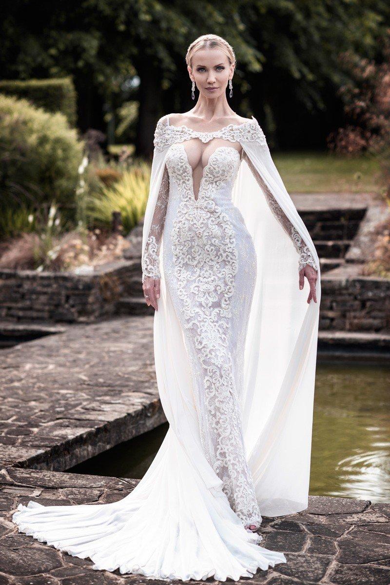 Платье с накидкой свадебное