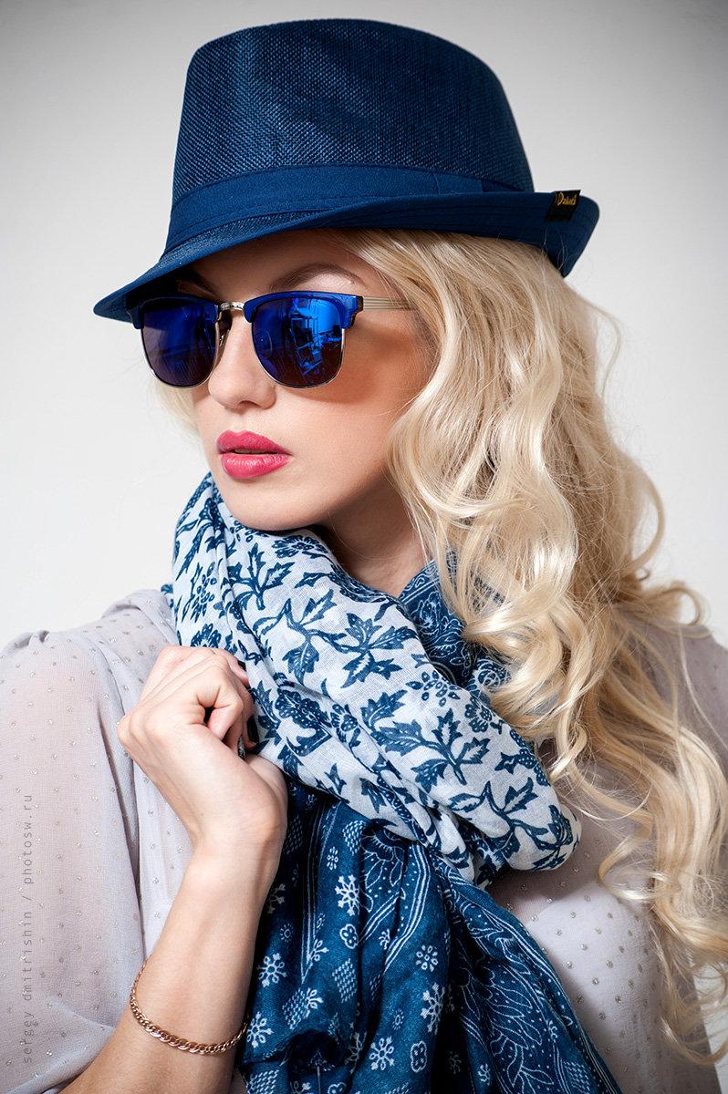 Очки-вайфареры с синими линзами для девушки.» — карточка ... 8bbedae652a
