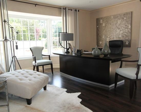 Домашний кабинет в наше время – это, как правило, жизненная необходимость, и если на работе условия труда нам диктует начальство, то дизайном и организацией домашнего офиса можно заняться в соответствии с собственными предпочтениями.