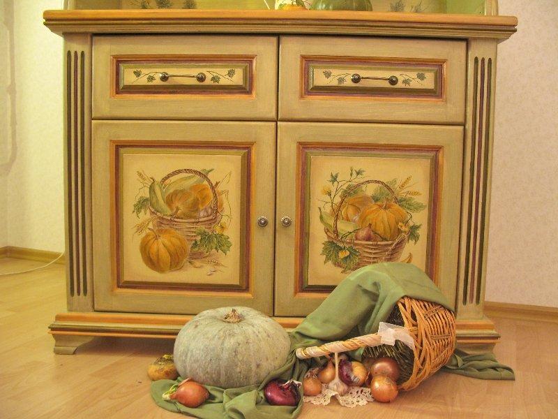 рисунки на деревянной мебели фото быстро
