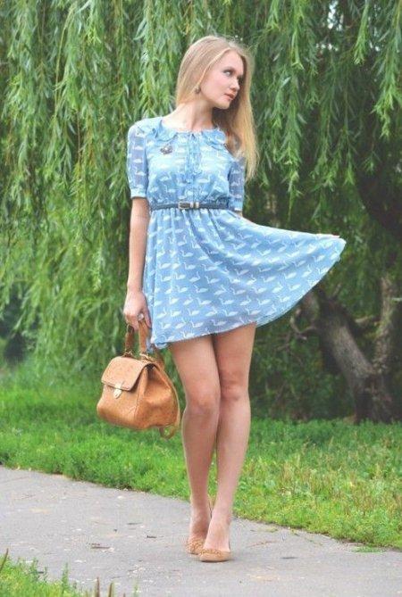 девушки фото в платьях