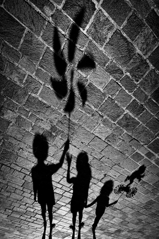 картинке с тенями увлекательной
