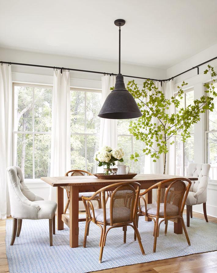 Фотографии красивого интерьера дома с террасой в США