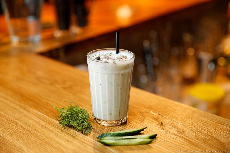коктейль с кефиром и специями