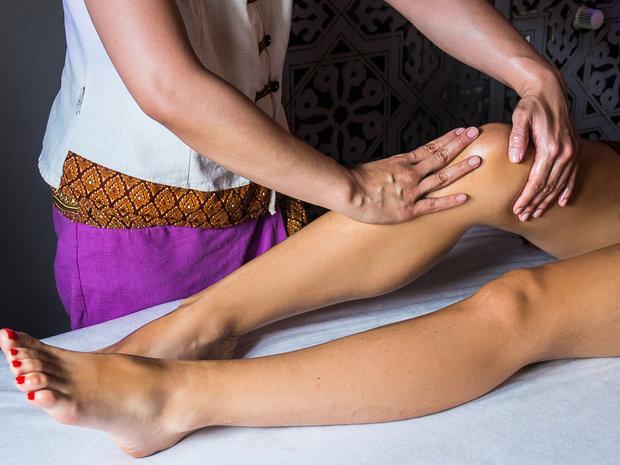Сон, в котором тебе делают эротический массаж — предупреждает: тебе следует пересмотреть свои взгляды на интимные отношения с противоположным полом.