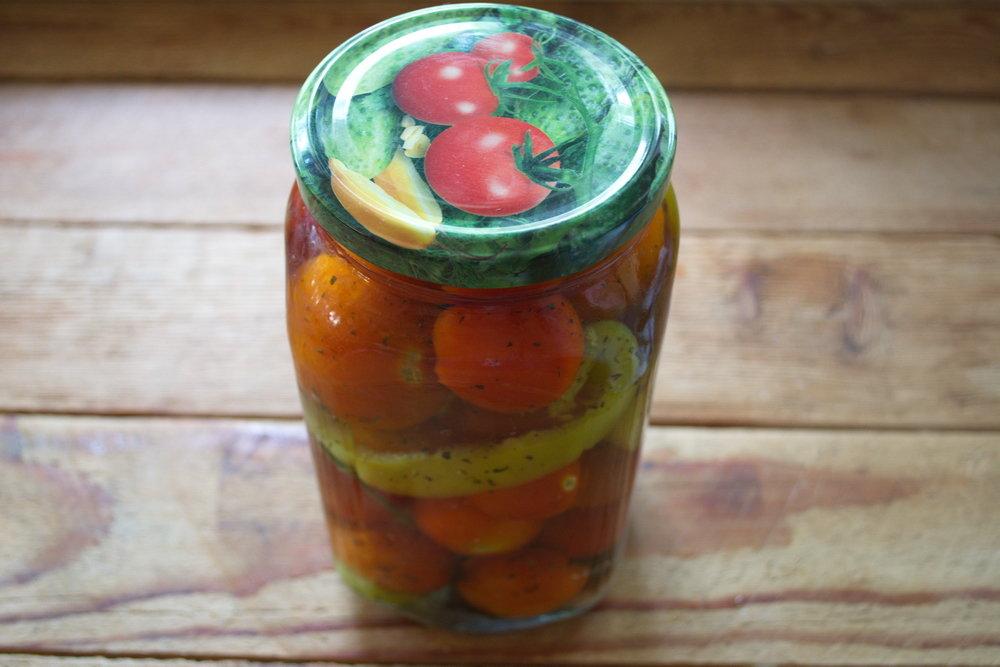 Мы предлагаем вам лучшие, проверенные временем рецепты заготовок из помидоров.