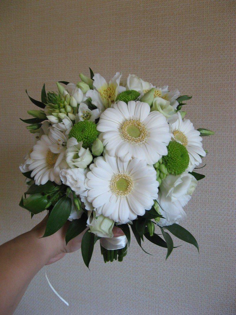 Букет невесты из ромашек, гербер, магазин цветов