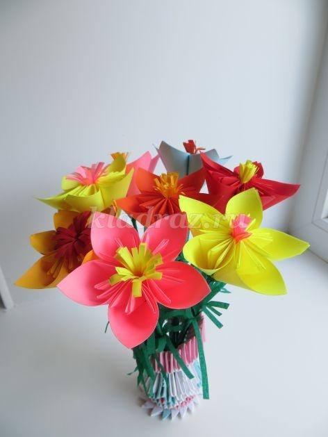 Как сделать букет цветов из бумаги своими 78